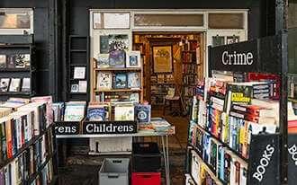 חנויות ספרים בלונדון - Bookstores in London