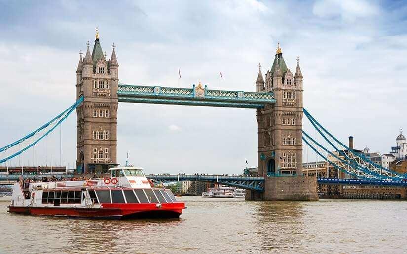 שייט על נהר התמזה - Thames River Cruise