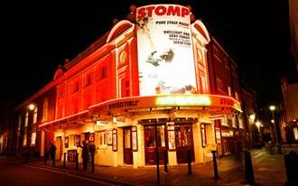 תיאטרון בלונדון